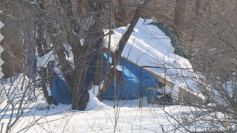 People in tents cope with Madison's extreme cold