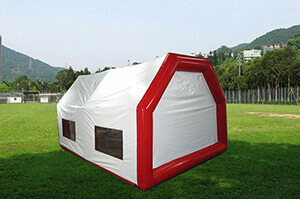 Inflatable tent for relief